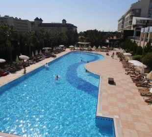 Schöne Poolanlage Hotel Titan Select