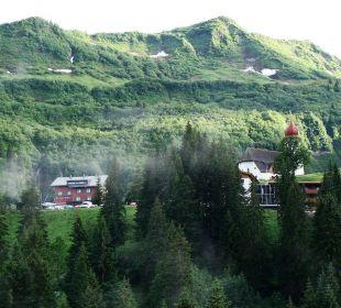 Damüls mit Zwiebelturm Berghotel Madlener