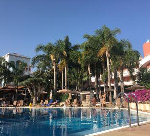 Pool Hotel Riu Garoe