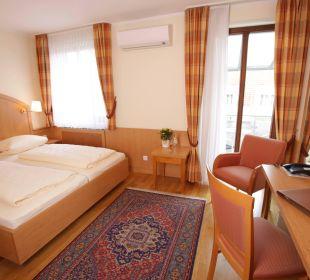 Doppelzimmer Hotel Zu den Drei Kronen