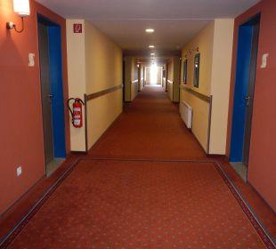 Flur alpincenter & Van der Valk Hotel Hamburg-Wittenburg