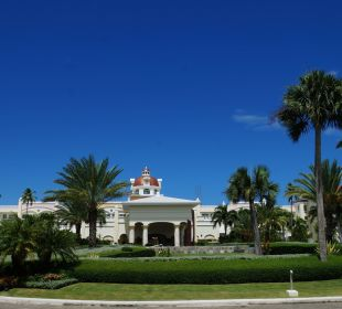 Alles super gepflegt IBEROSTAR Grand Hotel Bávaro