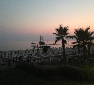 Strand am Abend Hotel Horus Paradise Luxury Club