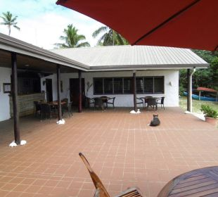 Haupthaus mit Lobby, Bar und Restaurant Sandy Beach Resort Tonga