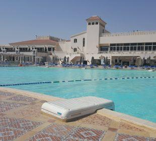Active Pool Dana Beach Resort