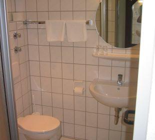 Badezimmer  Hotel Weinhaus Mayer