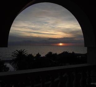 Sonnenuntergang vom Balkon lti Grand Hotel Glyfada