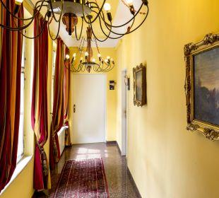 Gang zu den Zimmern Hotel zum Dom