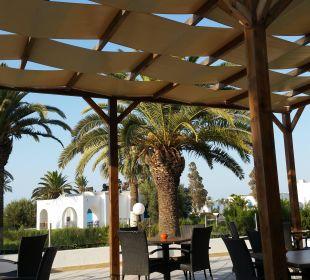 Terrasse an der Lobby Royal Lido Resort & Spa