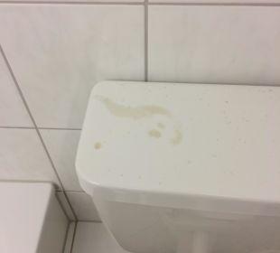 Toilettenabdeckung Familotel Hotel Sonnenhügel