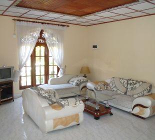 Wohnzimmer Bougain Villa