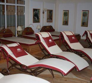 Ruheraum mit Wasserbetten und Liegen Luxury DolceVita Resort Preidlhof