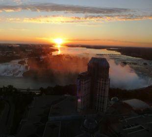 Blick aus dem 46. Stock auf die Niagara-Fälle Hotel Hilton Niagara Falls / Fallsview