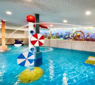 Kinder-Erlebnishallenbad mit Wasserspielen Hotel Feldhof