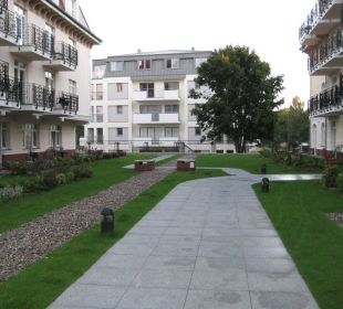 Weg zum Haupteingang Baltic Home Apartments