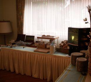 Tee, Säfte, Brot Brötchen... Hotel Werbetal