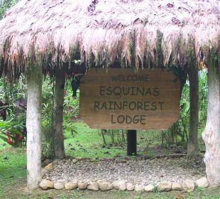 Eingangsschild Zufahrtsstraße Esquinas Rainforest Lodge