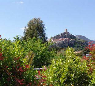 Haus Nr. 344: Blick auf die Burg von Posada! Sardafit Ferienhaus Budoni