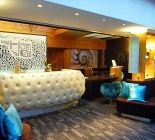 Moderne Rezeption Hotel Winzer Wellness & Kuscheln