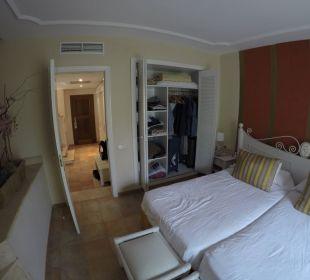 Schlafbereich Zimmer 1214 Hotel Lago Garden