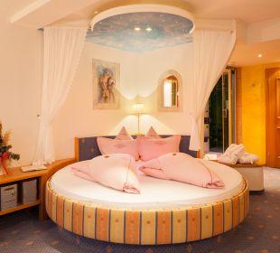 """Doppelzimmer """"Liebesnest"""" Hotel Bergkristall"""