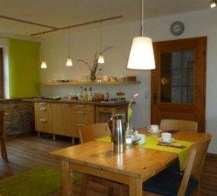 Fühstücksbuffet Gästezimmer Fewos Familie Neubert