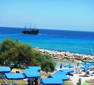 Strand und Ausblick vom Balkon Hotel Mimosa Beach