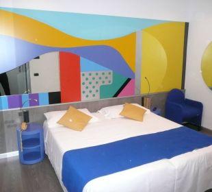 Mein buntes Zimmer 322 Hotel Mediolanum