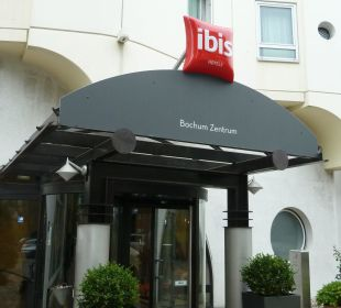 Eingang Hotel Ibis Bochum Zentrum