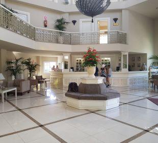 Lobby Hotel Riu Garoe