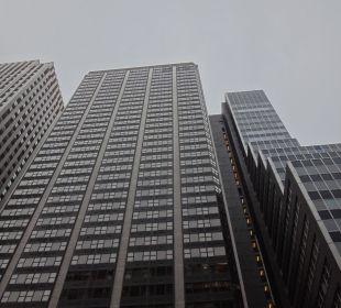 Hotel in seiner imposanten Höhe (41 Etagen) Hotel Westin New York Grand Central