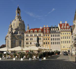Sommerterrasse auf dem Neumarkt Steigenberger Hotel de Saxe