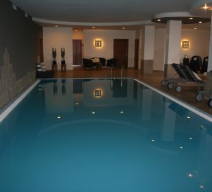 Indoorpool MIRAMONTI Boutique Hotel