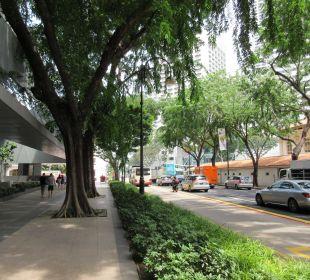 Hotelausgang zur Straße Carlton Hotel Singapore