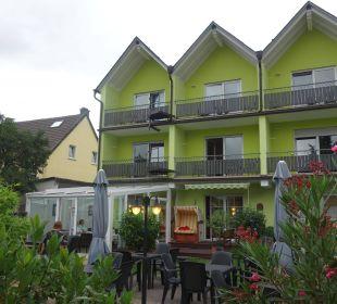 Weinhotel simon ist eine reise wert hotel weinhaus simon in wintrich holidaycheck - Wintergarten ffb ...