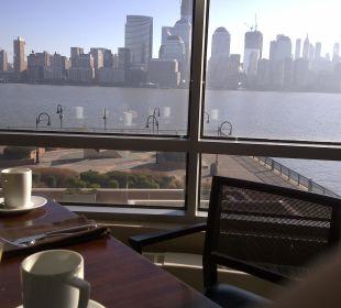 Blick aus dem Restaurant beim Frühstück Hotel Hyatt Regency Jersey City On The Hudson