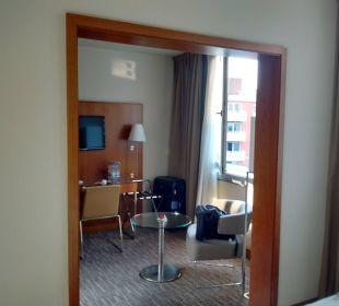 Blick vom Schlafraum auf Vorraum K+K Hotel am Harras