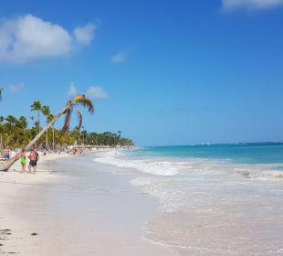 Blick Richtung Hotel-Strand Luxury Bahia Principe Esmeralda Don Pablo Collection