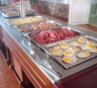 Zum Frühstück Hotel Club Amigo Bucanero (existiert nicht mehr)