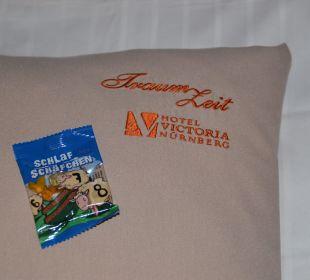 """Kleines """"Betthuffer'l"""" Hotel Victoria Nürnberg"""