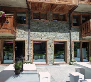 Viel Stein und Holz Hotel Matthiol