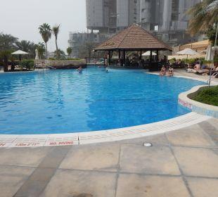 Oberer Pool mit Bar Sheraton Hotel & Resort Abu Dhabi