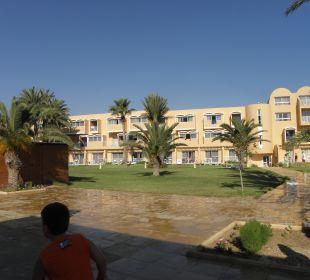 Pohled na hotel Skanes Family Resort