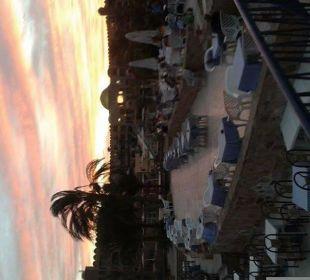 Sonnenuntergang Hotel Utopia Beach Club