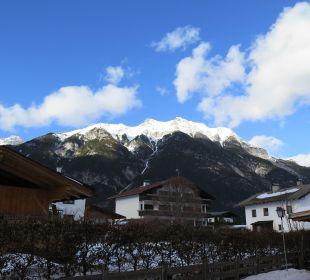 Ausblick von der Haustür Appartementhaus Ostbacher Stern