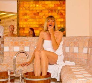 Saunabereich mit Salzwand Der Kleinwalsertaler Rosenhof
