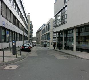 Am Ende sichtbar der Rhein Hotel Ludwig
