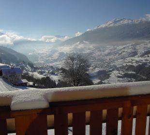 Sonne und Ausblick genießen von der Terrasse Berghof Thöni