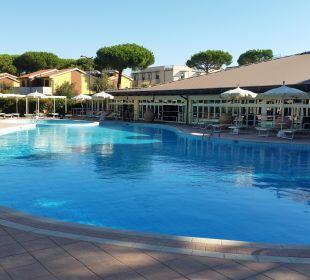 Erwachsenen Pool [meist leer] Park Hotel Marinetta