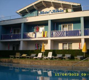 Hotel mit Blick auf Liegewiese Hotel Klein